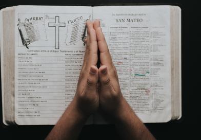 Si Dios lo sabe todo, ¿por qué tenemos que orar?