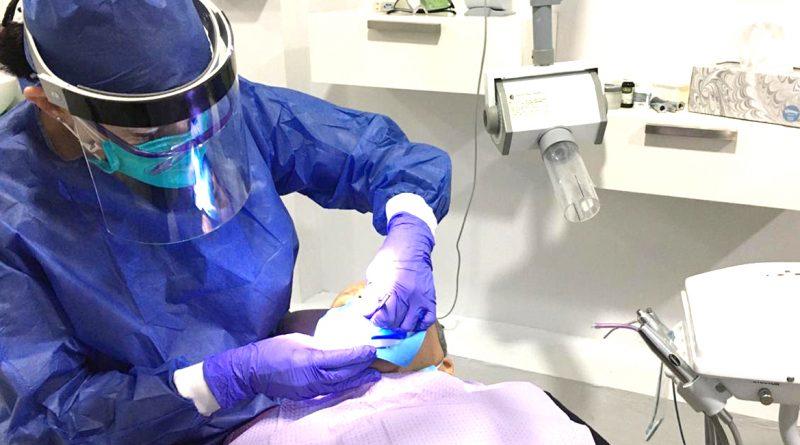Los odontólogos tienen que adaptarse a las nuevas medidas por el covid